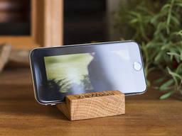 Smartphone wood stand made of oak or alder